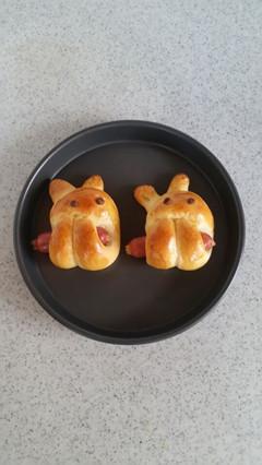 香肠小兔包.jpg